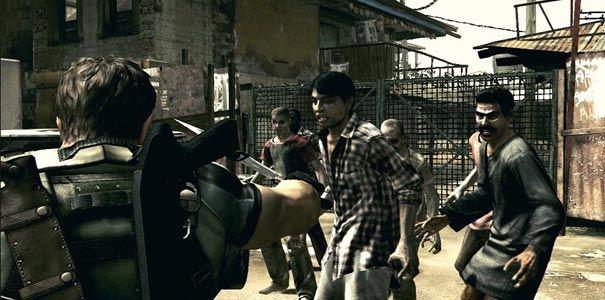 Lidando com o zumbis usando a faca em Resident Evil 5