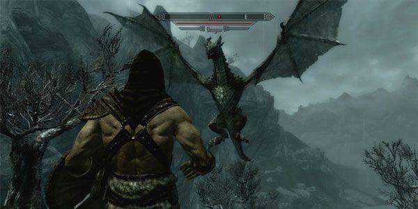 Enfrentando um dragão em The Elder Scrolls V Skyrim