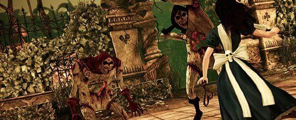 Alice matando os inimigos na facada.