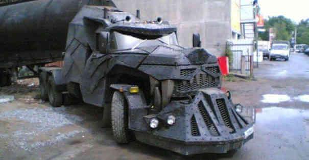 Caminhão monstruoso e medonho - Caminhões Mais Estranhos