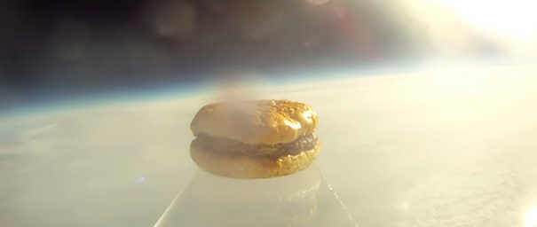 Hambúrguer - Coisas estranhas enviadas ao espaço