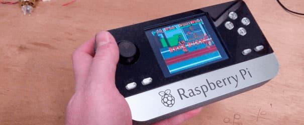 Um mini game feito com uma Raspberry PI.