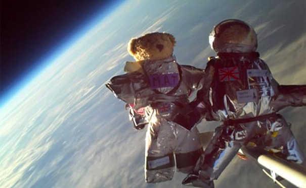 Ursos de pelúcia - Coisas estranhas enviadas ao espaço