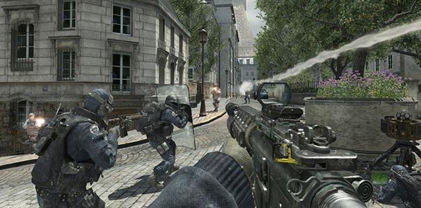 Tropa De Choque Atacando Em Call of Duty: Modern Warfare 2